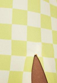 Glamorous - MAYA CARE FLORAL PRINTED MINI SKIRT - Mini skirt - green checkboard - 4
