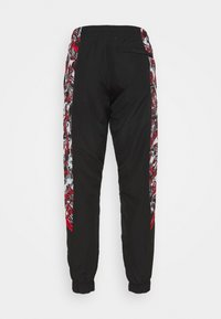 Puma - AC MAILAND PANTS - Club wear - tango red/black - 1