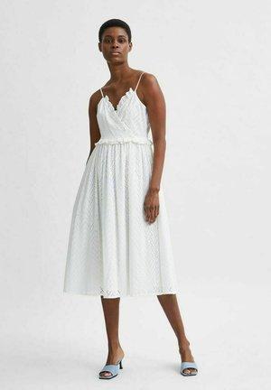 SLFJOSA  - Day dress - snow white