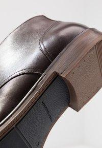 Tommy Hilfiger - DRESS CASUAL TOECAP - Business-Schnürer - brown - 5