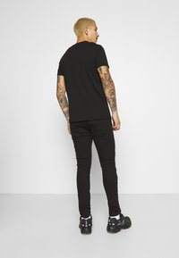 Brave Soul - BANDANA - Slim fit jeans - charcoal wash - 2