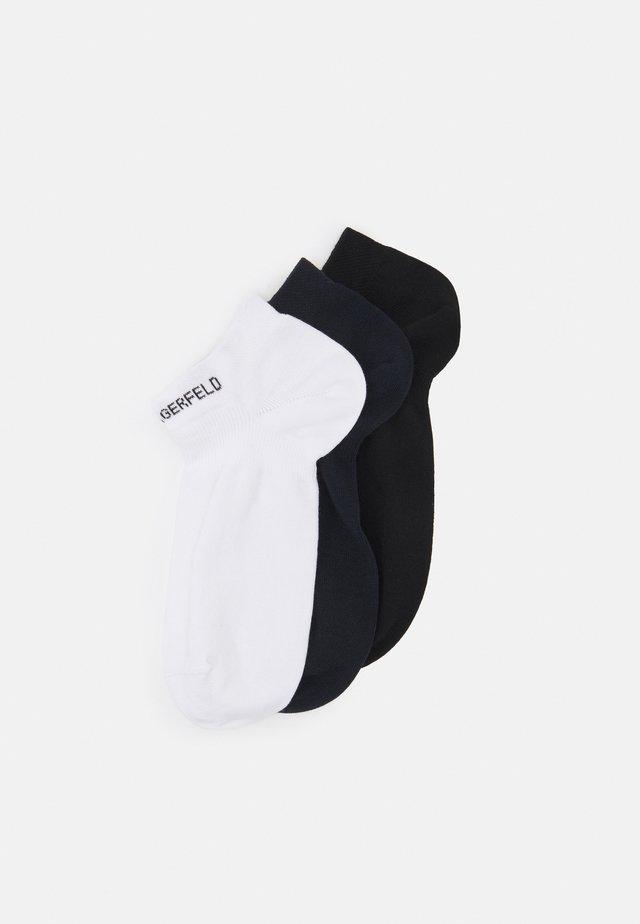 3 PACK - Socks - white/black/dark blue