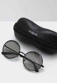 VOGUE Eyewear - Sunglasses - black - 2