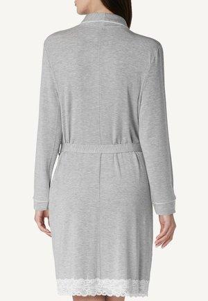 MIT DETAILS AUS SPITZE - Dressing gown - grey melange