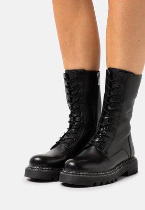 EVERY WHERE - Snørestøvler - black