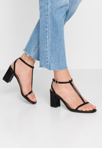 Rubi Shoes by Cotton On - MILA DOUBLE STRAP HEEL - Sandály - black - 0