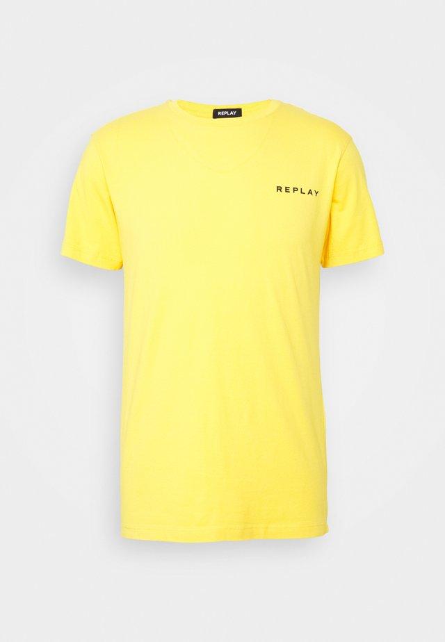 TEE - Basic T-shirt - yellow