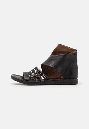 Sandalen met enkelbandjes - nero