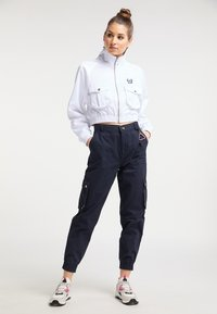 myMo - CROPPED - Light jacket - weiss - 1