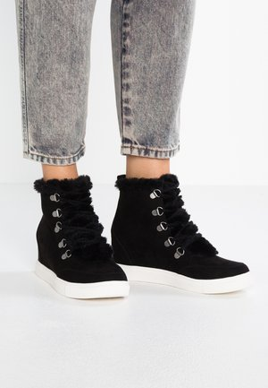 PULLEY - Ankle boots - black