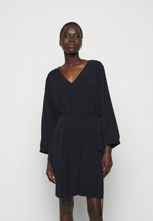 ZELINDA - Vestito di maglina - nachtblau