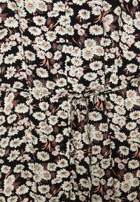 PIECES Tall - PCJUGLA SHIRT DRESS - Košilové šaty - black - 2