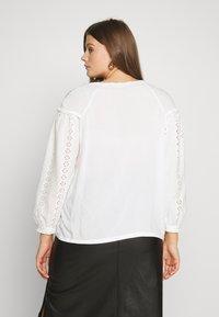 Glamorous Curve - Bluser - white - 2