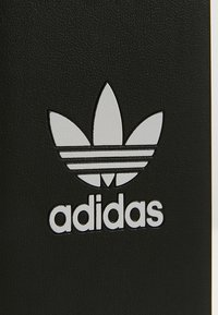 adidas Originals - MOULDED CASE BASIC FOR IPHONE 6/ IPHONE 6S/ IPHONE 7/ IPHONE 8 - Obal na telefon - black/white - 2