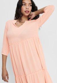 ONLY - Robe d'été - tropical peach - 3