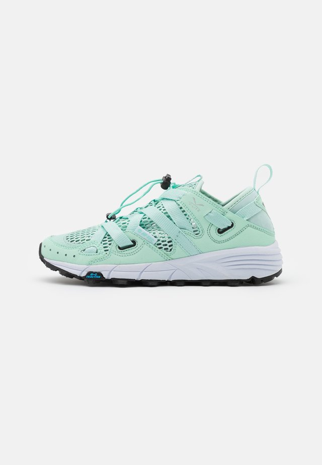 V-LITE RAPID WOMENS - Obuwie hikingowe - mint/white