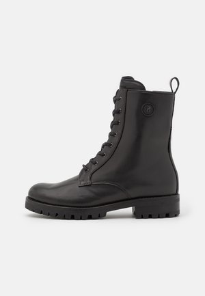 NEW MERIBEL  - Snørestøvletter - black