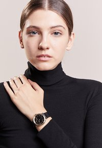 Marc Jacobs - RILEY - Orologio - schwarz - 0