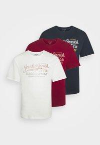 Jack & Jones - JPRBLUSTAR TEE MARCH 3 PACK - T-shirt z nadrukiem - navy blazer - 0