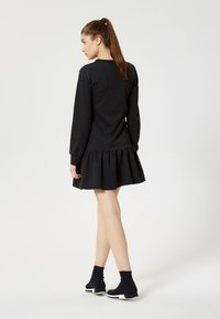 Talence - Vestito di maglina - black - 2