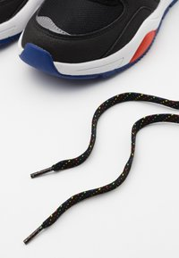 Polo Ralph Lauren - CHANING - Trainers - black/red /yellow - 5