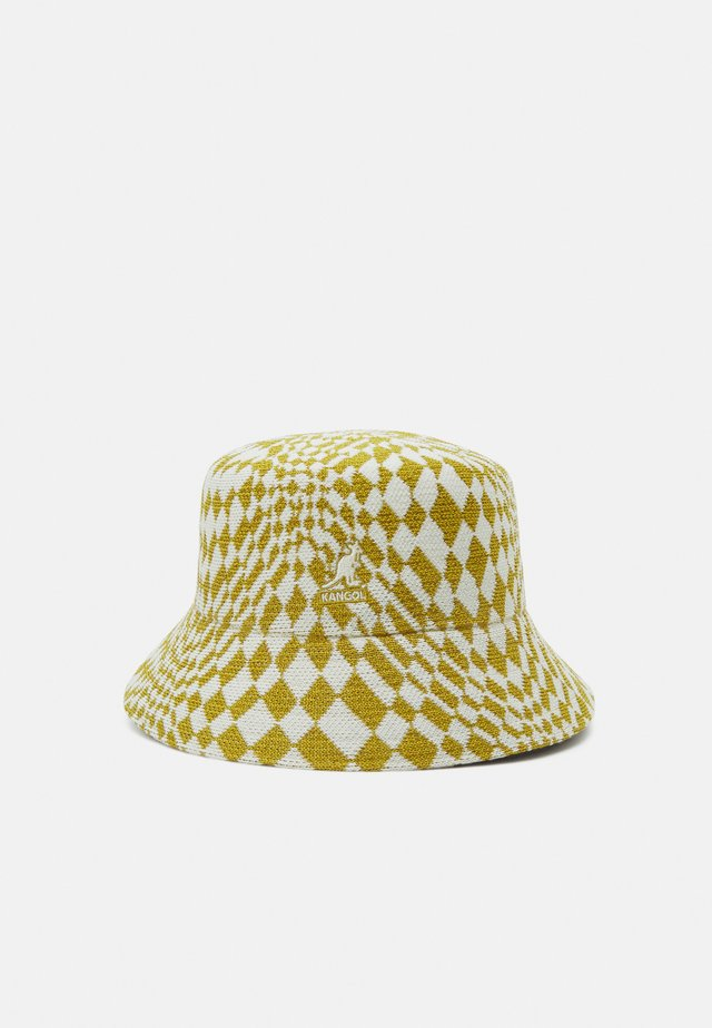 WRAPPED CHECK BUCKET - Hatt - golden palm/natural