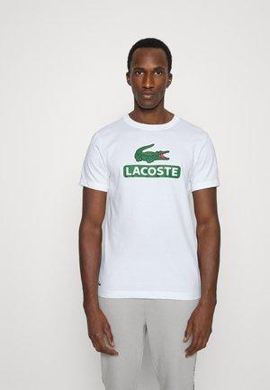 BIG LOGO NAME - Print T-shirt - blanc