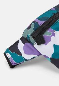 Ellesse - ORION UNISEX - Bum bag - grey/turquoise/white - 3