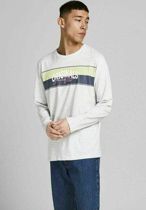 Long sleeved top - white melange