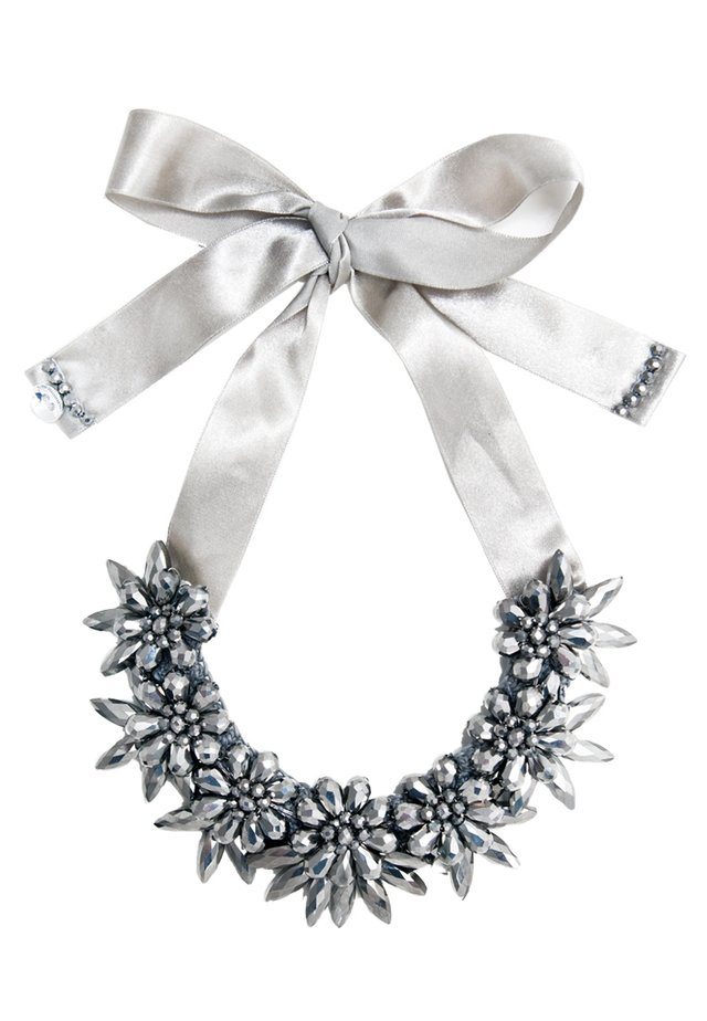 Necklace - metalllic grey