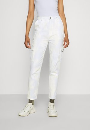 PANTS - Cargo trousers - yellow