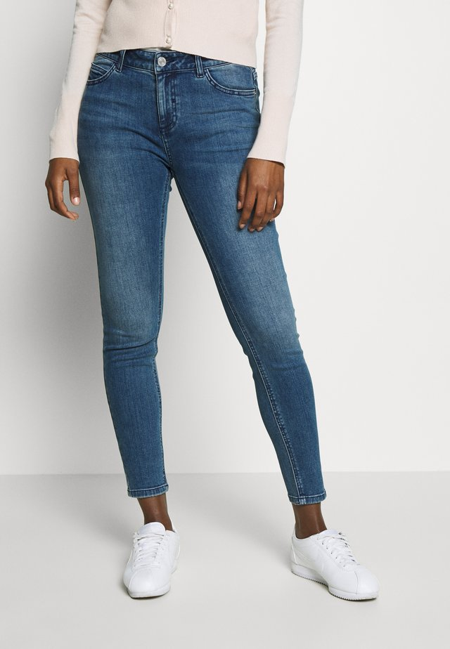 Slim fit jeans - blue denim stretch