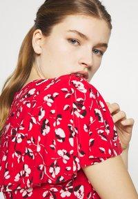 Lauren Ralph Lauren - PRINTED MATTE DRESS - Žerzejové šaty - red - 3