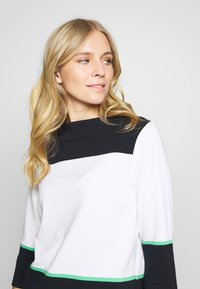 comma casual identity - Sweatshirt - white knit - 3