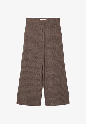 MIT WEITEM BEIN 7/8-LANGE GERIPPTE - Trousers - deep taupe