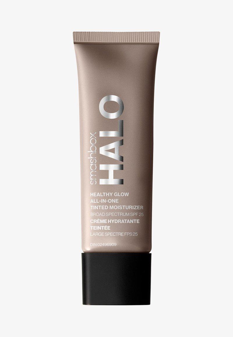 Smashbox - HALO HEALTHY GLOW ALL-IN-ONE TINTED MOISTURIZER SPF25  - Tinted moisturiser - 6 medium