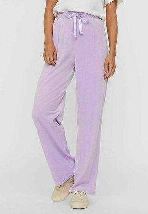 VMATHENA PANT - Pantaloni sportivi - lavendula