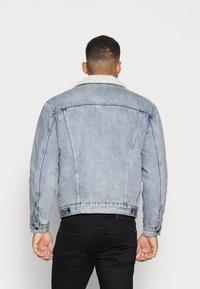 Levi's® - TYPE TRUCKER - Summer jacket - stonebridge - 2