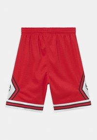Mitchell & Ness - NBA CHICAGO BULLS UNISEX - Klubbkläder - red - 1