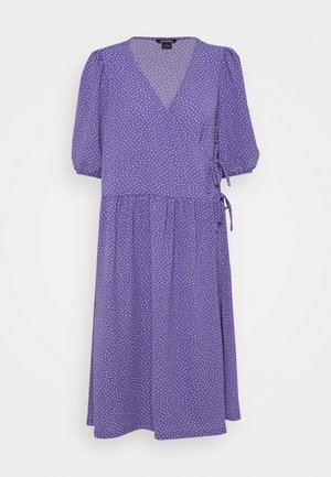 YOANA DRESS - Denní šaty - lilac/purple medium dusty