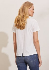 Odd Molly - DAPHNE - Print T-shirt - light chalk - 1