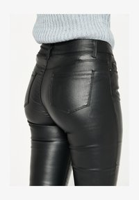 LolaLiza - Trousers - black - 4