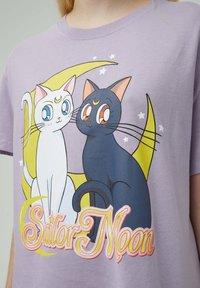 PULL&BEAR - Print T-shirt - mauve - 4