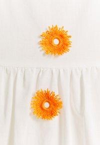 Milly - DUSTINA POM POM DRESS - Day dress - white/tangerine - 2