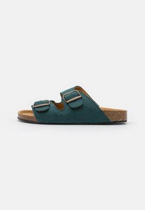 DARCO VEGAN - Pantofle - green