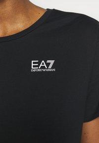 EA7 Emporio Armani - Print T-shirt - black/white - 5
