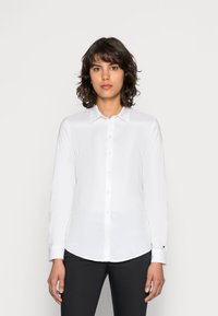 Tommy Hilfiger - HERITAGE SLIM FIT - Button-down blouse - classic white - 0