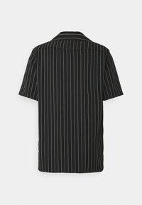 Blood Brother - ASHLAND BOXY UNISEX - Button-down blouse - black - 7