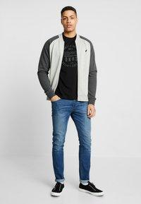 Esprit - Camiseta estampada - black - 1