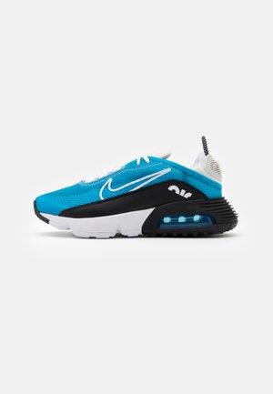 AIR MAX 2090 - Sneakersy niskie - laser blue/white/black/vast grey